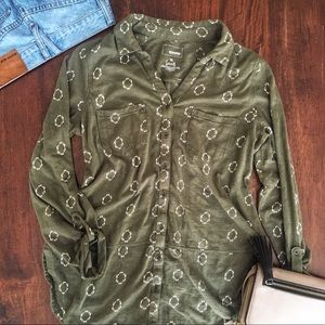Sonoma Olive green patterned, bottom down top